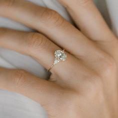 Diamond Wedding Rings, Bridal Rings, Diamond Bands, Diamond Engagement Rings, Oval Diamond, Oval Engagement, Solitaire Diamond, Diamond Pendant, Solitaire Rings