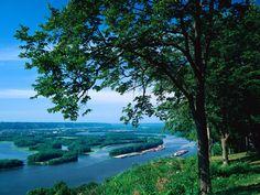 Mississippi River, McGregor, Iowa