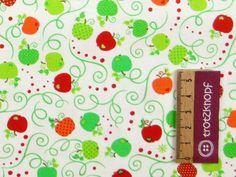 0,5 m Baumwollstoff mit Äpfeln weiß von trotzknopf auf DaWanda.com
