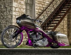 how to ride a harley davidson road glide Harley Bagger, Bagger Motorcycle, Harley Bikes, Motorcycle Garage, Motorcycle Paint, Motorcycle Style, Custom Baggers, Custom Harleys, Custom Motorcycles