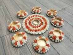 Diya Decoration Ideas, Diy Diwali Decorations, Handmade Decorations, Diwali Diy, Diwali Gifts, Diwali Candles, Flower Rangoli, Traditional Wedding, Traditional Design