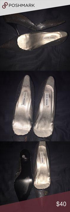 Steve Madden Shoes.Never Worn❤️❣️❤️❣️❤️ Black and silver. Pumps. Never worn. Steve Madden Shoes Heels