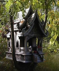 Google Image Result for http://cdn.smosh.com/sites/default/files/bloguploads/amazing-treehouse-zen.jpeg