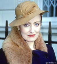 Pauline Moran who plays Miss Lemon with David Suchet as Hercule Poirot Hercule Poirot, Agatha Christie's Poirot, Miss Marple, Pauline Moran, Detective, David Suchet, Murder Mysteries, Working Woman, Star Wars