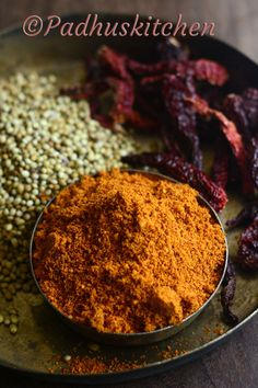 Homemade Vangi Baath Powder -(Karnataka Style) Making Vangi baath is a breeze if you have this podi at hand. Veg Recipes, Indian Food Recipes, Cooking Recipes, Vegetarian Recipes, Masala Powder Recipe, Masala Recipe, Prawn Dishes, Rice Dishes, Mason Jar Meals