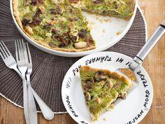Broileripiirakka Avocado Toast, Guacamole, Nom Nom, Mexican, Breakfast, Ethnic Recipes, Food, Breakfast Cafe, Essen
