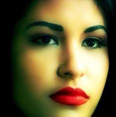 Selena-my singing inspiration :) Selena Go, Selena And Chris, Selena Quintanilla Perez, Corpus Christi, Jackson, Texas, Latin Women, Latin Music, Beautiful Person