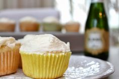 Confectionary Tales of a Bakeaholic: Champagne Cupcakes