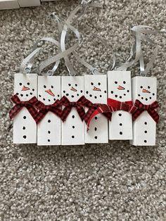 Read the full title Snowmen tree ornaments