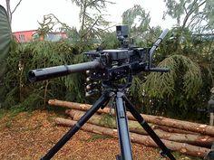 Heckler and Koch HK GMG (Grenade Machine Gun) - fires grenades up to 360 rounds per min. Now thats some fire power Big Guns, Cool Guns, Heckler & Koch, Pew Pew Pew, Fire Powers, Military Guns, War Machine, Machine Guns, Assault Rifle