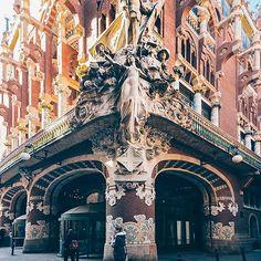 BARCELONA, SPAIN. #Barcelona #Spain Photo Credit: @antppe