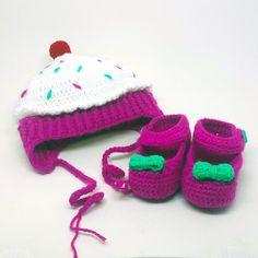 Crochet Baby Girl Cupcake Hat and Shoe