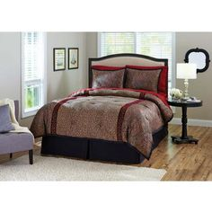 Better Homes and Gardens Duchess Bedding Comforter Set