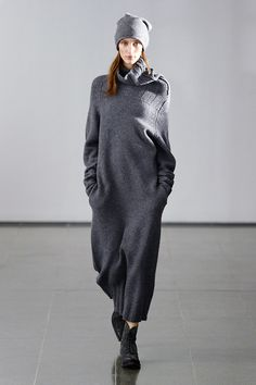 Day two #LFW trend alert: Howling winds and torrential rain had the fashion pack in the mood to appreciate the emerging trend for sweater dresses, such as this slouchy cocoon dress at @Joseph_Fashion