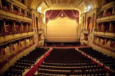 8 bästa bilderna på Teatrar | opera, arkitektur, kristallkrona