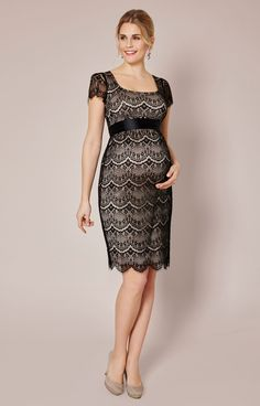 Our vintage-inspired maternity dress has all the flair of a Parisian one-off with the simple elegance of British beauty.