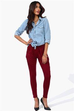 Pants in Burgundy