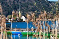 Die Egerner Bucht lässt sich umrunden; zu Fuß und das letzte Stückchen mit dem Überführer per Boot.