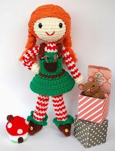Crafteando, which is gerund: Pattern: Elfa toy / Pattern: Toymaker Elf