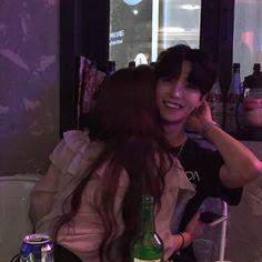 รูปภาพ korean, couple, and ulzzang Mode Ulzzang, Korean Ulzzang, Ulzzang Girl, Cute Relationship Goals, Cute Relationships, Cute Couples Goals, Couple Goals, Cute Korean, Korean Girl