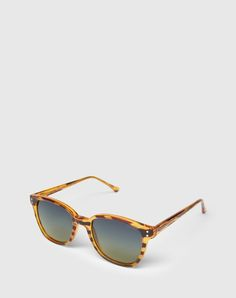 """Sunglasses: Komono """"Renee"""". Click on the picture to get the product <3"""