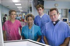 Still of Robin Williams, Mandy Moore, Wanda Sykes and John Krasinski in License to Wed (2007)
