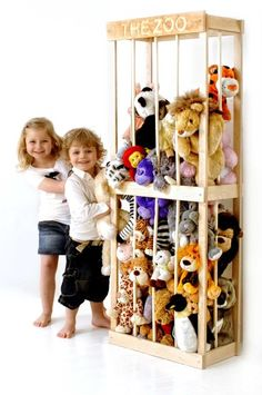 Weiteres - THE ZOO, soft toy storage solution - ein Designerstück von littlezoo.Others - THE ZOO, soft toy storage solution - a unique product by littlezookeepers on DaWanda Soft Toy Storage, Creative Toy Storage, Toy Storage Solutions, Kids Storage, Cuddly Toy Storage Ideas, Bedroom Storage Solutions, Storage Beds, Easy Storage, Stuffed Animal Storage