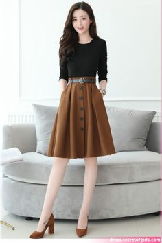 Wear to Work Outfit Ideas. Womens Work Clothes Trending in 34 Outfit ideas. Korean Fashion Dress, Korean Outfits, Skirt Fashion, Fashion Dresses, Modest Outfits, Classy Outfits, Skirt Outfits, Girls Fashion Clothes, Winter Fashion Outfits
