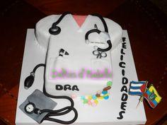 torta mandil de doctor...dulzura hecha pastel