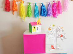 Casita y árbol de cartón para armar y decorar. Home Decor, Cardboard Tree, Cardboard Toys, Decoration Home, Room Decor, Home Interior Design, Home Decoration, Interior Design