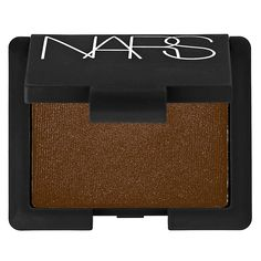 What it is: A collection of single eye shadows in an array of colors and textures.  What it does: Mix and match these NARS Single Eye Shadows to customize gorgeous eye looks. They feature shades and textures ranging from translucent highlights an