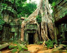 Ta Phram Temple, Angkor Wat, Cambodia