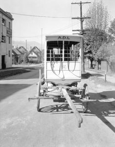 Associated Dairy wagon, 1934 - City of Vancouver Archives