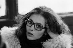 Isabelle Adjani Geek Chic « Home Decorating From Inside