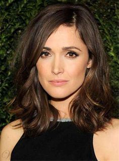 We love Rose Byrne hair style at the 2013 Chanel pre-Oscar dinner. Hair Day, New Hair, Rose Byrne Hair, Rose Byrne Style, Medium Hair Styles, Short Hair Styles, Modern Short Hairstyles, Bob Hairstyles, Beautiful Hairstyles