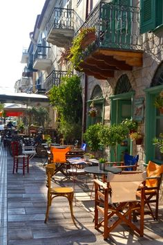 Afternoon coffee with friends at a sidewalk coffee shop in Nafplio