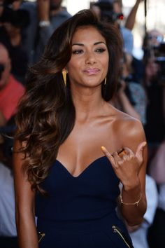 Nicole Scherzinger, hair and makeup perfection.                                                                                                                                                                                 More