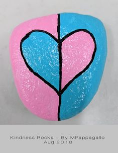 Heart painted rock - aug 2018 painted rocks for kids камни Heart Painting, Pebble Painting, Love Painting, Pebble Art, Rock Painting Patterns, Rock Painting Ideas Easy, Rock Painting Designs, Art Patterns, Stone Crafts