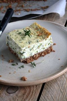 Cheesecake au thym et courgette {battle food - My CMS Vegetarian Appetizers, Appetizer Recipes, Vegetarian Recipes, Savory Cheesecake, Cheesecake Recipes, Easy Cooking, Cooking Time, Food Porn, Cheesecakes