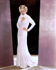 Fashion publicity pose of Bette Davis for her 1933 film EX LADY. Color enhanced image by Hollywood Pinups from the b&w original. Bette Davis, Rita Hayworth, New Perspective, Golden Age Of Hollywood, Elizabeth Taylor, Celebrity Photos, Marilyn Monroe, Pin Up, Warner Brothers
