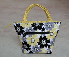 reusable thermal lunch bag - white black yellow floral by JoannaStanek1, $25.00 #lunch #lunchbag #lunchbox #schoolbag #yellow #black #white #gray #grey #floral #cute #women #girls #zipperbag #pouch #food #tote #small #thermal #thermalbag #reusable