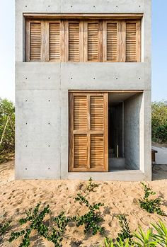 Casa Tiny is a small retreat for two near Puerto Escondido, México. Measuring the tiny house was designed by a young architect Aranza de Ariño in Tiny House, Micro House, Casa Wabi, Architecture Design, Concrete Architecture, Architecture Office, Ancient Architecture, Concrete Houses, Cement House