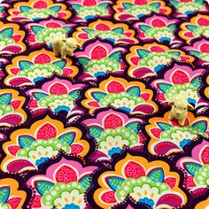 My Fabric House | Buy Cotton Fabric Meter Bold floral Fat Quarter £3.49