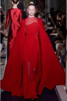 Vestiti rossi valentino