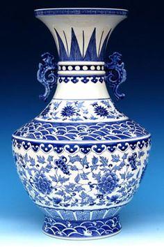Blue and white poreclain