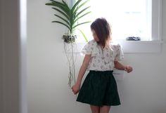 Girls vintage flower top... plant life