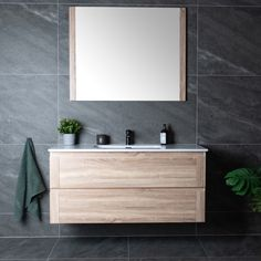 Søkeresultater for: 'lind forest baderomsmøbel' - MegaFlis. Metal Mirror, Bathroom Inspo, Round Mirrors, Rustic Chic, Your Space, Double Vanity, Teak, Living Spaces, Interior