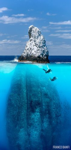 Cool Scuba Diving Photo Mountain Underwater