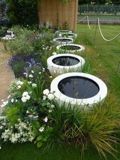 Glazed pots can make great water features, just sand the interior, coat with Pond Shield and fill them up. Container Pond, Water Containers, Container Gardening, Garden Fountains, Garden Pots, Garden Water, Water Pond, Water Gardens, Small Gardens