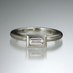Quadrum - Gurhan - Hammered Amulet Ring